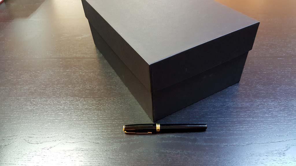 Cutia rigida cu capac pentru pantofi - 9