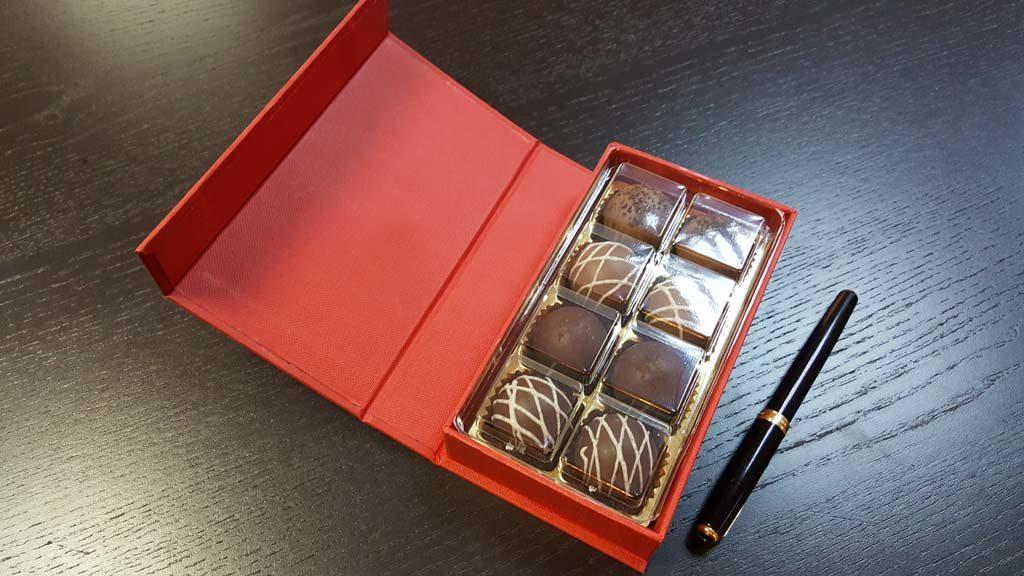 Cutie de lux pentru 8 praline - 5