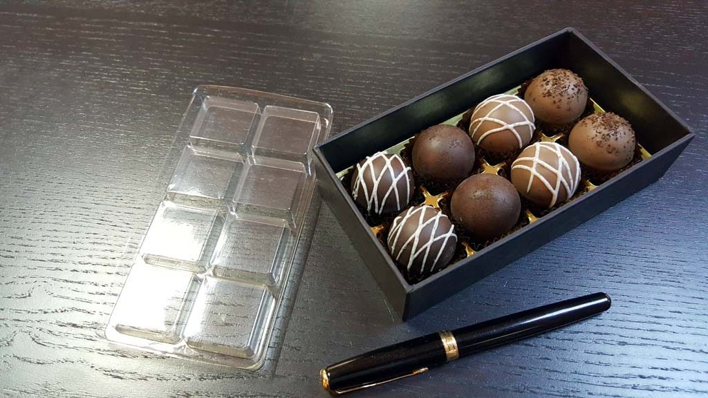 Cutie pentru 8 bomboane - 5