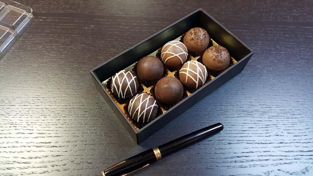 Cutie pentru 8 bomboane - 6
