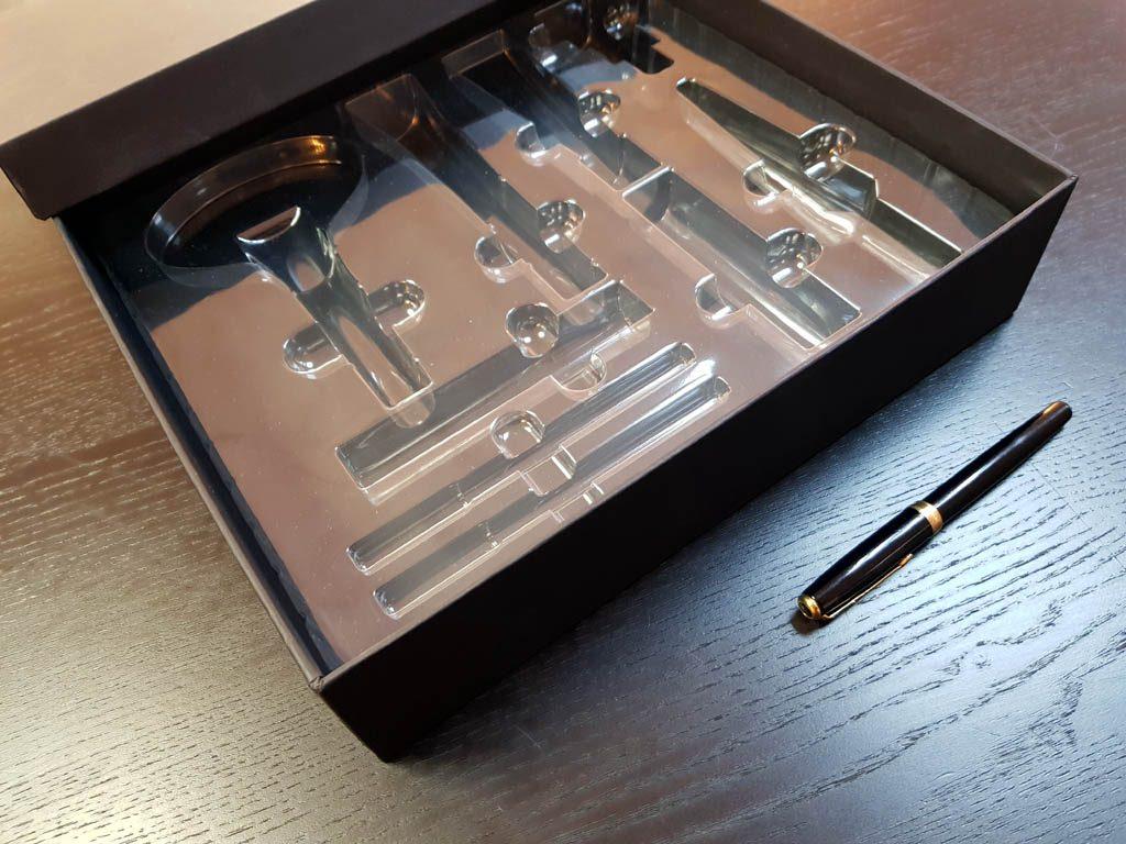 Cutie rigda cu capac pentru produse cosmetice - 2