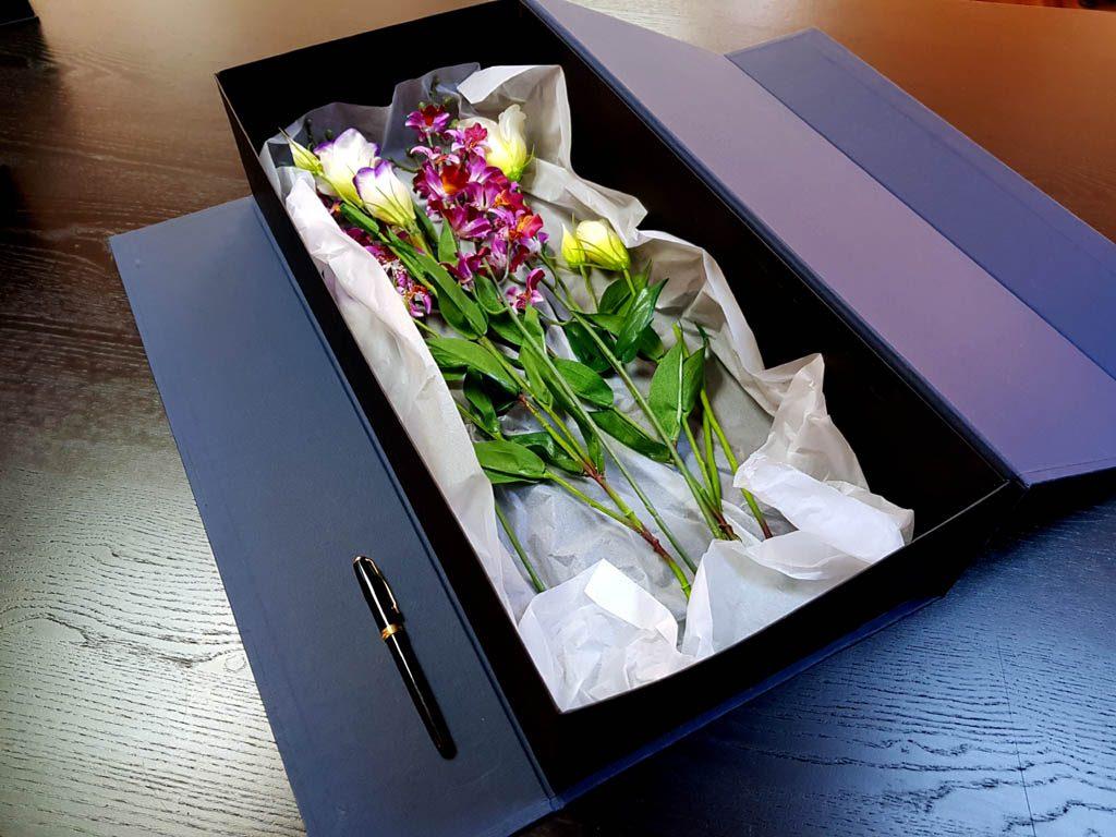 Cutie rigida de lux pentru flori - 10