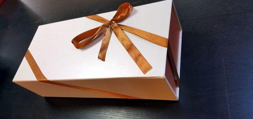 Cutie rigida de lux pliabila pentru papusi, rochii, cosmetice