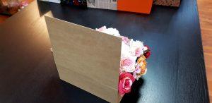 Cutie tip carte pentru aranjamente florale