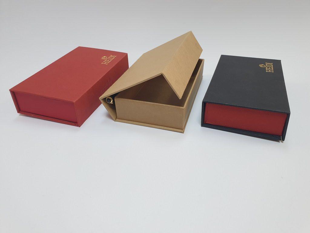6002-6003 - cutie rigida cu magnet Heidi (1)