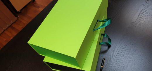 Cutie premium cu maner pentru cadouri (model 6093)