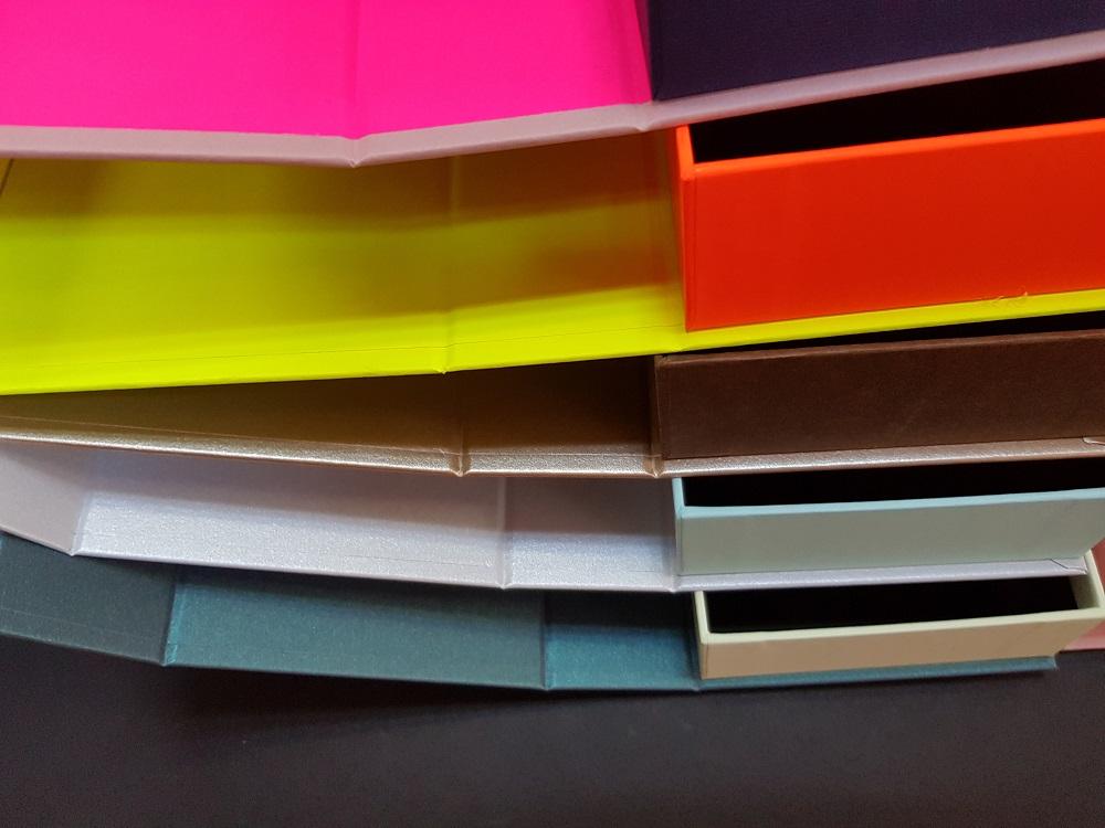 Cutii colorate cu magnet (model 6081) (11)