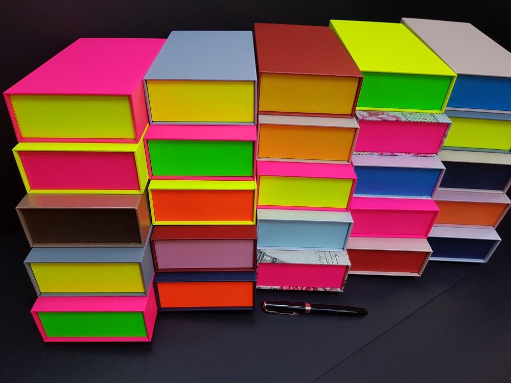 Cutii colorate cu magnet (model 6081) (4)